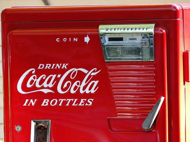 Kühlschrank Coca Cola Klein : Online offline strategie von coca cola jekel team